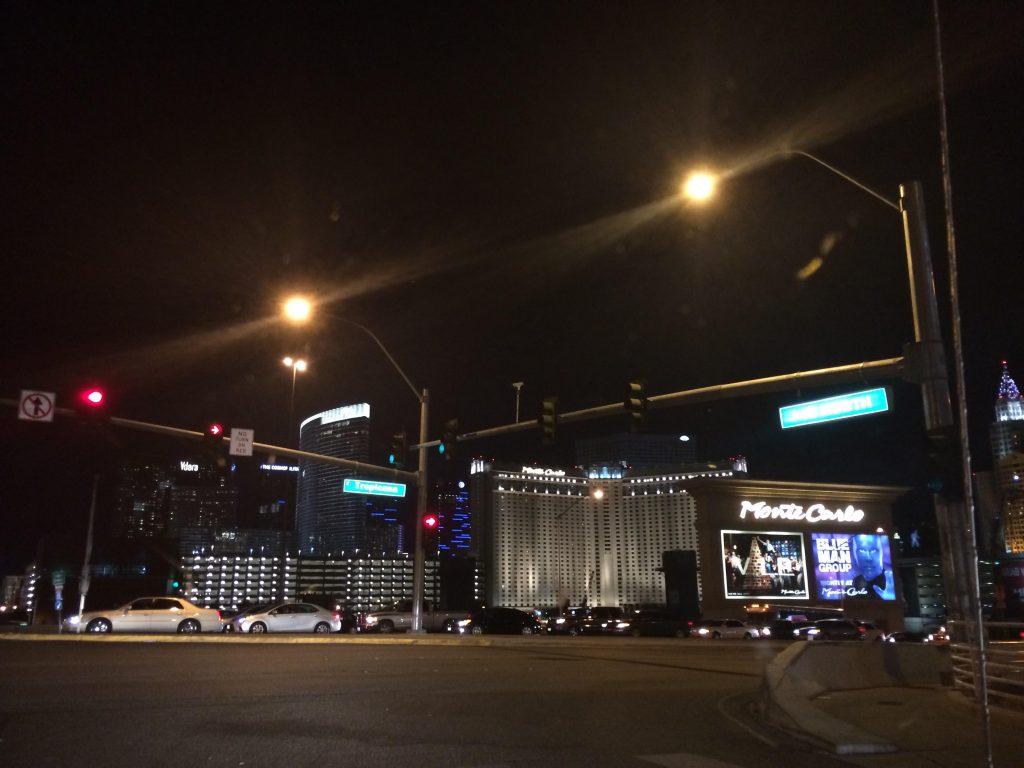 ラスベガスだ!街の明かりだ!